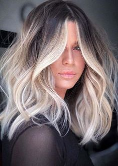 Hair And Harlow, Purple Shampoo For Blondes, Medium Hair Styles, Long Hair Styles, Long Thin Hair, Balayage Hair, Balayage On Medium Hair, Hair Looks, Hair Trends