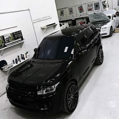 The best luxury cars - I want Range Rover Black, Range Rover Sport, Range Rovers, Jeep Wranglers, Toyota Hilux, My Dream Car, Dream Cars, Carros Bmw, Lux Cars