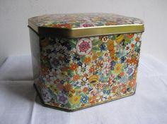 Daher tea tin-Floral Chintz (own)