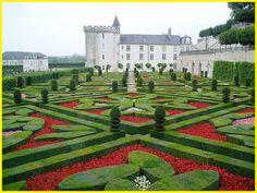 Composição natural artística: apesar de conter elementos naturais, um jardim é organizado pela ação humana.