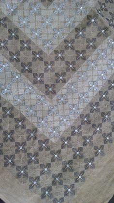 Bargello, Blouse Designs, Embroidery Patterns, Alphabet, Fiber, Hobbies, Cross Stitch, Diy Crafts, Beads