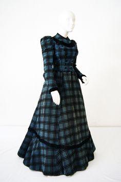 Wool dress c. 1898