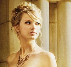"""@Taylor Swift - Love Story In place of """"Here Comes the Bride"""" <3"""