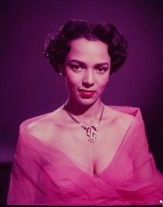 Dorothy Dandridge publicity photos for Tarzan's Peril, 1951 by Ed Clark. Hollywood Glamour, Classic Hollywood, Old Hollywood, Mars In Cancer, Dorothy Dandridge, Gone Girl, Vintage Glamour, Best Actress, Beautiful Black Women