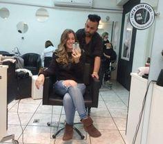 Pâmela Noschang e o cabelereiro Juliano Peres