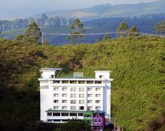 Clouds Valley - munnar www.munnarhotels.co.in