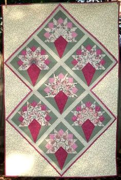 Victorian Nosegay Quilt in Sage and Rose