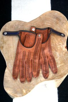 vintage DRIVING GLOVES 1940's - 50's brown / tan LEATHER buttery soft…