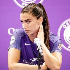 Female Soccer Players, Good Soccer Players, Cristiano Ronaldo Lionel Messi, Neymar, Carli Lloyd, Barcelona Soccer, Fc Barcelona, Alex Morgan Soccer, Soccer Girl Problems