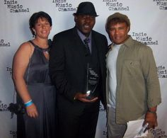 Ray Bags First Hollywood Award as First Australian and Nigerian Recipient at the Inaugural edition of the Indie Music channel in Hollywood USA Hollywood Usa, Music Channel, Music Covers, Music Albums, Indie Music, Cover Art, Bags, Handbags, Bag