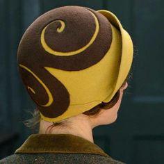 Behida Dolic Millinery Source by . Costume Hats, Millinery Hats, Kentucky Derby Hats, Love Hat, Vintage Stil, Wedding Hats, Hat Hairstyles, Felt Hat, Hat Making