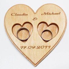 wedding ring tray - Ringkissen für Hochzeit . . . . . #wood #holz #handarbeit #handicraft #austria #österreich #deko #dekoration #stpölten #handmade #design #dowoodworking #geschenk #geschenksidee #giftidea #gift #holzundleidenschaft #woodart #personalisiert #personalized #stpoelten #stpölten #deco #decoration #handmadeintheeveryday #weddingring #eheringe #marriagering #tray