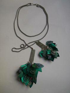 Collar Hojarasca, largo, con piezas de alpaca Collar, Charmed, Bracelets, Jewelry, Jewels, Jewlery, Jewerly, Schmuck, Jewelery
