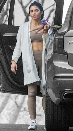 Jenna Dewan, Airport Style, Off Duty, Veronica, Color Splash, Wednesday, Contrast, Product Description, California