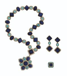 Van Cleef And Arpels Jewelry, Van Cleef Arpels, Fringe Necklace, Beaded Necklace, Gem Necklaces, Crown Jewels, Lapis Lazuli, Diamond Jewelry, Diamond Cuts