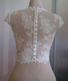 Wedding bolero-top-jacket of lace sleeve short front от TIFARY