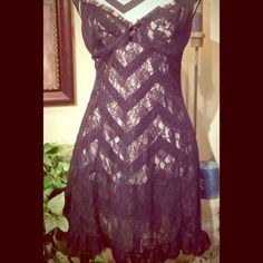 Sexy little number  Black lace! Get his attention!!  This is all black lace with ruffles adjustable spahgetti straps, and cut out in the back! Worn once...! Sexy Sexy!! ❤️❤️❤️ Size large This has been reduced.....PRICE IS FIRM! Inner Secrets Other