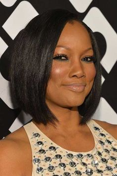18. Casual straight bob hairstyle for black women
