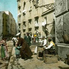 Fontana della scapigliata, a sx ospedale Ascalesi, primi 900 Napoli, Napoli Retrò.