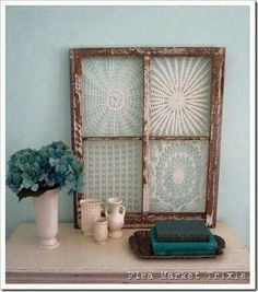 Vintage window Frames with lace doilies being used as wall art -If you want to see other vintage doily crafts for kids and adults alike then click through to see the rest of the roundup! Framed Doilies, Lace Doilies, Crochet Doilies, Crochet Lace, Diy Projects To Try, Craft Projects, Old Window Projects, Doily Art, Window Art