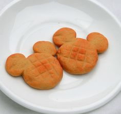 I LOVE Disney as much as I love making miniature food! Bring the fun of the park home for your American Girl Doll. These are one of the first