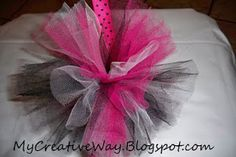 how to make tulle pom poms. Camber had one of these that was a hair bow and lost it... guess we'll make a new one!! :)
