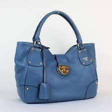 Blue Handbags for any outfit. #Bartenura #Moscato #Handbag #Blue #Fashion
