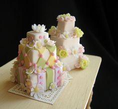 Miniature doll house cakes