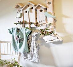 Przysiadł ptaszek na wieszaku... Ladder Decor, Diy, Home Decor, Decoration Home, Bricolage, Room Decor, Do It Yourself, Home Interior Design, Homemade