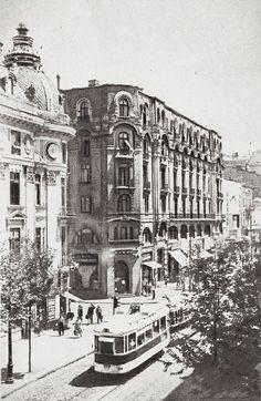 Cu linii de tramvai Art Nouveau, Art Deco, Palace Hotel, Time Travel, Old World, Futuristic, Louvre, Boat, Architecture