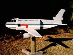 DC-10 mail box