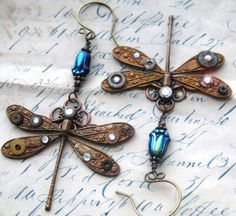 Unique Dragonfly Earrings.....Beautiful  Love anything with dragonflies