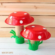 Looking for a spring craft for kids? Give this adorable paper bowl mushroom craft a try! You will love it. It is simple and cute.