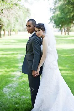 Kansas Wedding Photography - Photobox Studios #Wedding #Photography #bride #groom #photoboxstudios