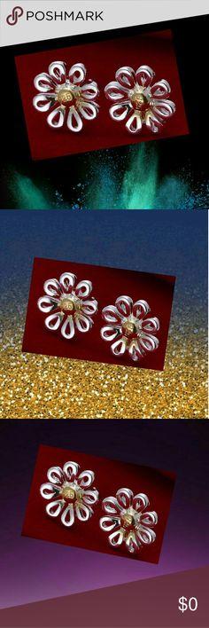 925 Sterling SilverFashion Chrysanthemum Stud Ear 925 Sterling SilverFashion Chrysanthemum Stud Earrings  .  925 Sterling SilverFashion Chrysanthemum Stud Earrings  . 10F  . Jewelry Earrings