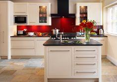 Harvey Jones Linear kitchen painted in Dulux 'Earthen Cream 4'