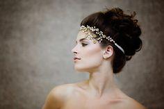 Hey, I found this really awesome Etsy listing at https://www.etsy.com/listing/189940256/crystal-bridal-headpiece-bohemian-bridal