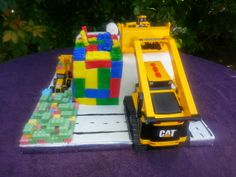 Lego construction Cake - perfect for a boy's birthday party.  Vanilla cake with buttercream frostring