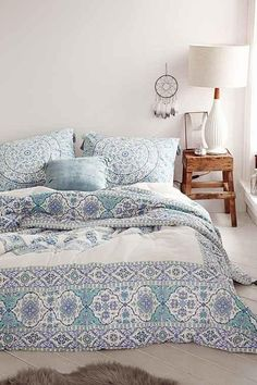 Magical Thinking Devi Medallion Comforter from Urban Outfitters. Shop more products from Urban Outfitters on Wanelo.