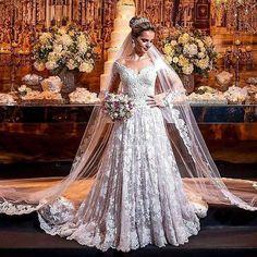 Maravilhosaaa 👰💐 Via: @ateliecarmelita #noivasonhante #vestido #vestidos #vestidodenoiva #vestidosdenoiva #noiva #noivas #noivalinda #voucasar #meudia #linda #amor #felicidade #diafeliz #detalhes #casamento #meucasamento #casar #casei #casamentos #prontaparaosim #entradadanoiva #weddingday #wedding #weddings #weddingdress #evedeso #eventdesignsource - posted by Noiva Sonhante https://www.instagram.com/noivasonhante. See more Wedding Designs at http://Evedeso.com