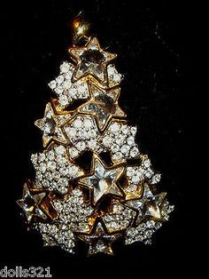 Swarovski Swan Stamped Christmas Tree Pin with Stars