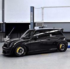 Mini Cooper Tuning, Mini Cooper Sport, Mini Cooper Clubman, Black Mini Cooper, Mini Cooper Custom, Neon Nike Shoes, Mini Coper, Mini S, Cute Cars