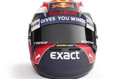 Max Verstappen, Red Bull Racing at 2017 drivers helmets High-Res Professional Motorsports Photography F1 2017, Racing Helmets, Red Bull Racing, Helmet Design, F1 Drivers, Hard Hats, Race Cars, Gears, Garage