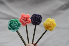 4 pcs Bobby Pins Hair Pin Resin Flower Flower by 99diystore, $4.99