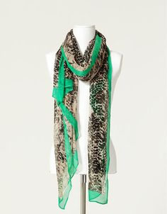 Zara Women Scarves are the best fashion Accessory for women that not only protect women from crucial weather conditions but keep them in style too.Zara Women Scarves are among the best items you can find in any of brand's store locations.This is due to the Zara brands focus on creating quality garments which make a ...