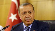 El presidente turco ha estado en el poder desde 2002, logrando impulsar la economía del país pero cosechando adversarios a los que ha atacado con mano dura. Algunos le acusan de socavar el laicismo que ha caracterizado a la Turquía moderna.