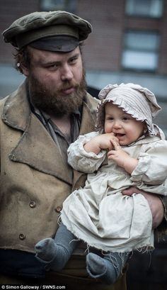 Victorian re-enactors show how lower classes looked at dock of SS Great Britain | Daily Mail Online