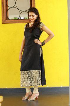 Salwar Designs, Kurta Designs Women, Kurti Designs Party Wear, Dress Neck Designs, Blouse Designs, Simple Kurta Designs, Churidhar Designs, Designer Anarkali Dresses, Kurta Neck Design