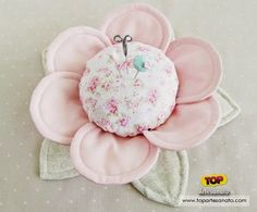"""""""With Fabric & Thread"""" Pin Cushion Buttercups - Pretty by Hand - Pretty By… Sewing Aprons, Sewing Box, Sewing Notions, Free Sewing, Fabric Crafts, Sewing Crafts, Sewing Projects, Diy Flowers, Fabric Flowers"""