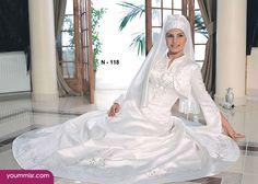 Wedding dresses Arab women 2015 Hany Behairy 2016 Best Website Wedding Engagement dresses veiled Islamic dress Arab women and Veiled Arab women fashion 2014 long luxurious   you're Guide for Elegance & Beauty http://www.yoummisr.com/latest-wedding-veiled-dresses-arab-women-hany-behairy-2014/